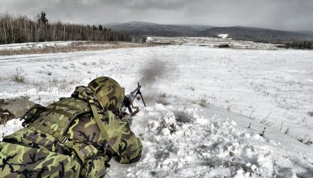 Přebití, nabití, technika, taktika, výcvik, výuka, střelecký kurz, ovládání zbraně, úchop, aktivní záloha